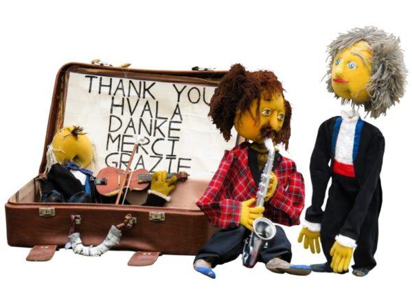 puppet-1004571_1920