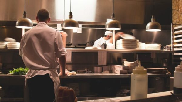 restaurant-2623071_1920
